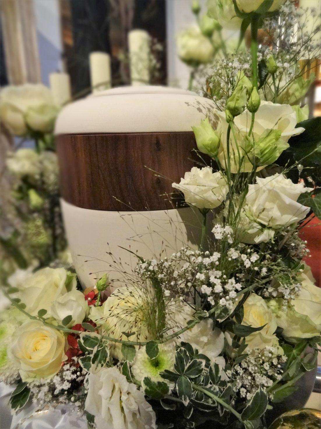 floral kreativ Petra Mandl Trauer 4